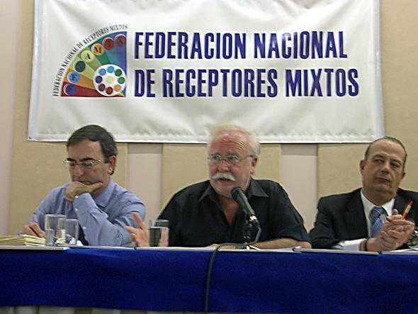 D. Juan Gallardo, Director de negocios de SELAE, asiste a la asamblea general de FENAMIX