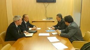 Reunion UPyD y PSOE II Congreso Nacional 2